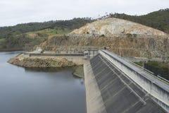 Verdammung, Känguru-Nebenfluss-Reservoir, Adelaide Hills, Süd-Australien Stockfotografie