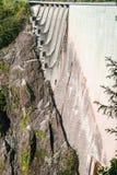 Verdammung in Val Verzasca (Tessin - die Schweiz) Stockfotografie