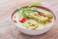 Verde-curry-con-pollo Fotografia Stock Libera da Diritti