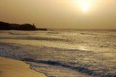 verde de coucher du soleil de Santa de sel de Maria d'île de cap Image stock