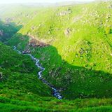 Verde de montañas armenias Imagen de archivo libre de regalías