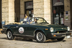 Verde di Fiat 124 del ragno Fotografia Stock