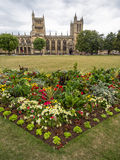 Verde e catedral da faculdade em Bristol Foto de Stock Royalty Free
