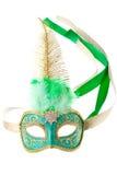 Verde e máscara emplumada ouro do carnaval fotografia de stock royalty free