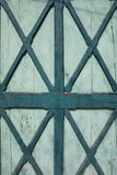 Verde porta di legno colorata vecchio turchese Fotografie Stock Libere da Diritti