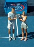 Verdedigt de US Open 2013 gemengde dubbelen Max Mirniy van Wit-Rusland en Andrea Hlavackova van Tsjechische Republiek tijdens trof Royalty-vrije Stock Foto's