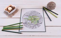 Verdes frescos de la página adulta del colorante Foto de archivo
