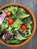 Verdes rústicos da salada Foto de Stock Royalty Free