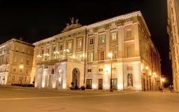 Verdi剧院的里雅斯特 免版税库存照片