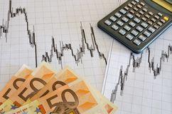 Verdienen des flüssigen Geldes mit Devisen Stockfotografie