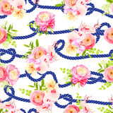 Verdraaide blauwe mariene kabel en boeketten van naadloze de lentebloemen Royalty-vrije Stock Fotografie