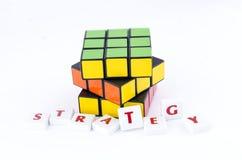 Verdraaide Rubik's-kubus stock fotografie