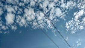 Verdrahteter Himmel Stockbild
