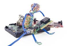 Verdrehte Mannassemblierung der Computer lizenzfreies stockbild