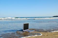 Verdrinkende computer Stock Foto