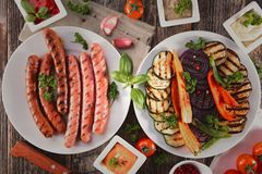 Verdura arrostita e carne arrostita Fotografia Stock Libera da Diritti