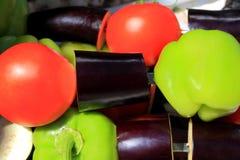 Verdura cruda verde e viola rossa Immagini Stock Libere da Diritti