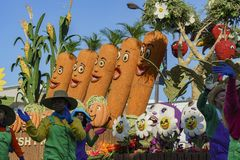 Verdura, flotador del estilo de la granja en Rose Parade famosa Imágenes de archivo libres de regalías