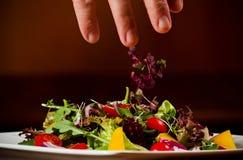 Verdura fresca su una zolla Fotografia Stock