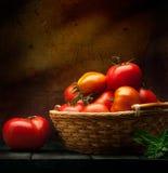Verduras abstractas del fondo de la comida en un fondo de madera Fotos de archivo