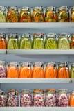 Verduras conservadas en vinagre. Imagen de archivo libre de regalías