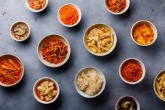 Verduras conservadas en vinagre comida coreana y ensaladas calientes fotografía de archivo libre de regalías