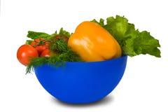 Verduras en una taza Imagen de archivo libre de regalías