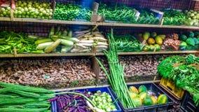 Verduras en una tienda Fotografía de archivo libre de regalías