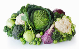 Verduras frescas de la granja en el fondo blanco Fotografía de archivo