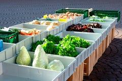 Verduras frescas en el mercado Foto de archivo libre de regalías