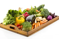 Verduras frescas en la bandeja foto de archivo libre de regalías