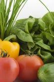 Verduras frescas en la parte posterior del blanco fotografía de archivo libre de regalías