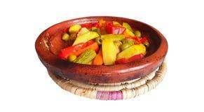 Verduras marroquíes del pollo del tajine del plato imagenes de archivo