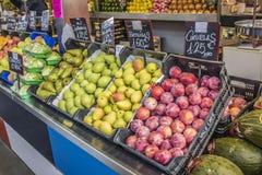 Verduras, mercado central de la ciudad de Málaga, España Imagen de archivo