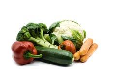 Verduras sanas de la comida aisladas en el fondo blanco, cortado imagenes de archivo