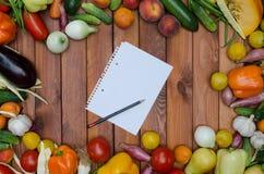 Verduras y composición de las frutas Imagen de archivo