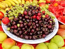 Verduras y frutas en mercado tailandés Fotos de archivo libres de regalías