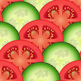 Verdure affettate del cetriolo e del pomodoro Fotografia Stock Libera da Diritti