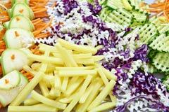 Verdure affettate per insalata Fotografia Stock Libera da Diritti