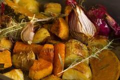 Verdure cotte rustiche Fotografia Stock