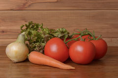 Verdure differenti sulla tavola Fotografia Stock