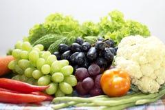 Verdure e frutta organiche sane Immagini Stock