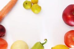 Verdure e frutta su un fondo bianco Fotografia Stock