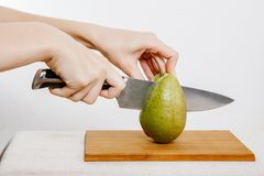 Verdure e frutta sulla pioggia Frutta e verdure nel taglio Immagini Stock