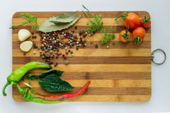 Verdure e spezie per la cottura i piatti vari e dell'insalata sopra Immagine Stock