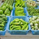 Verdure fresche ed organiche nel mercato alla Tailandia Immagini Stock