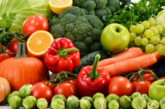 Verdure organiche crude assortite Fotografie Stock Libere da Diritti