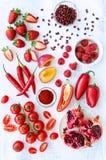 Verdure rosse e frutta dei prodotti freschi Fotografia Stock Libera da Diritti