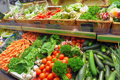 Verdure su un servizio Fotografie Stock Libere da Diritti