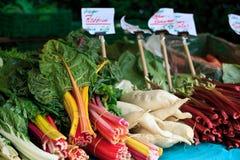 Verdure sul servizio del coltivatore Fotografie Stock